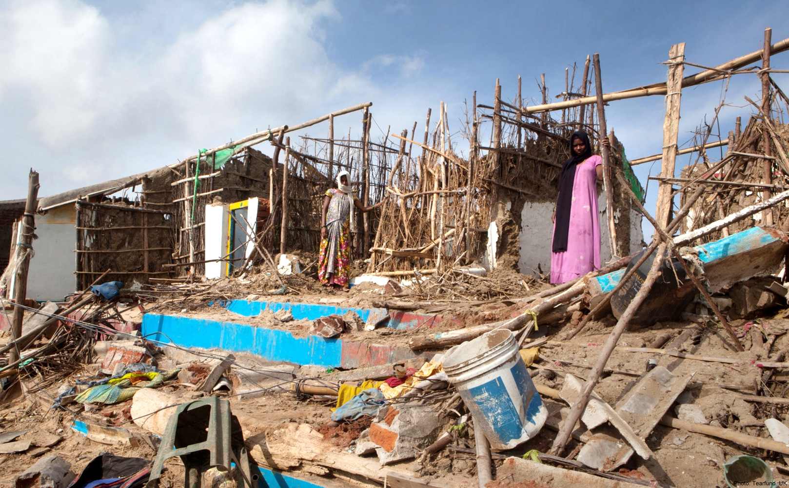 india-cyclone-relief-pic5